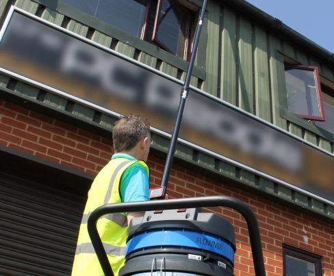commercial gutter cleaning bracknell